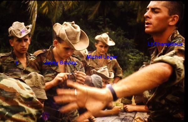 1er RCP , La 1ere Compagnie camp d'Idron. 59443910