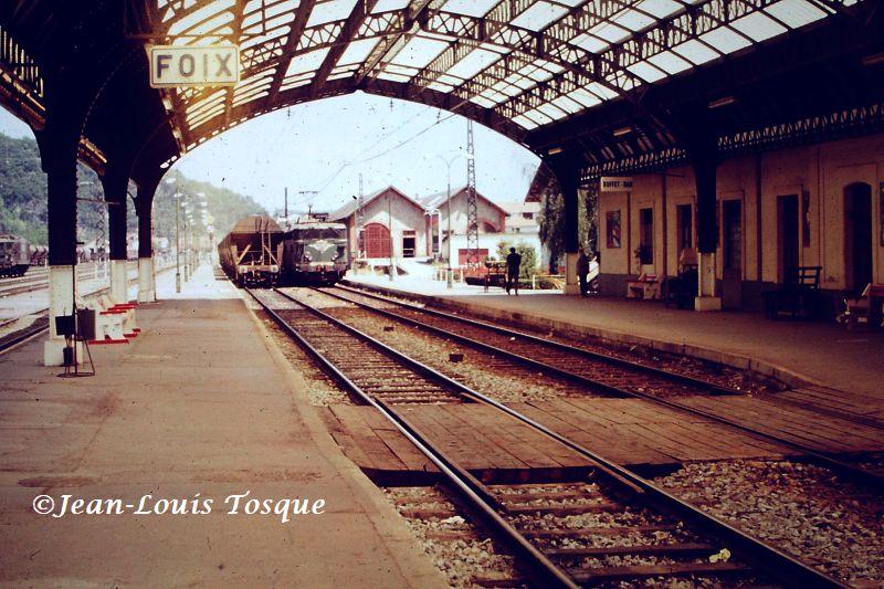 Pk 082,2 : Gare de Foix (09) - Page 12 Bb-85010