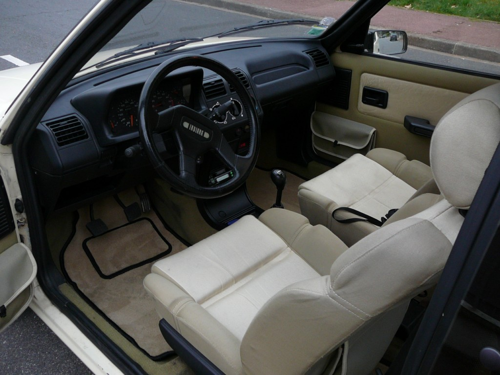 [Vendu] Peugeot 205 Indiana. P1010654