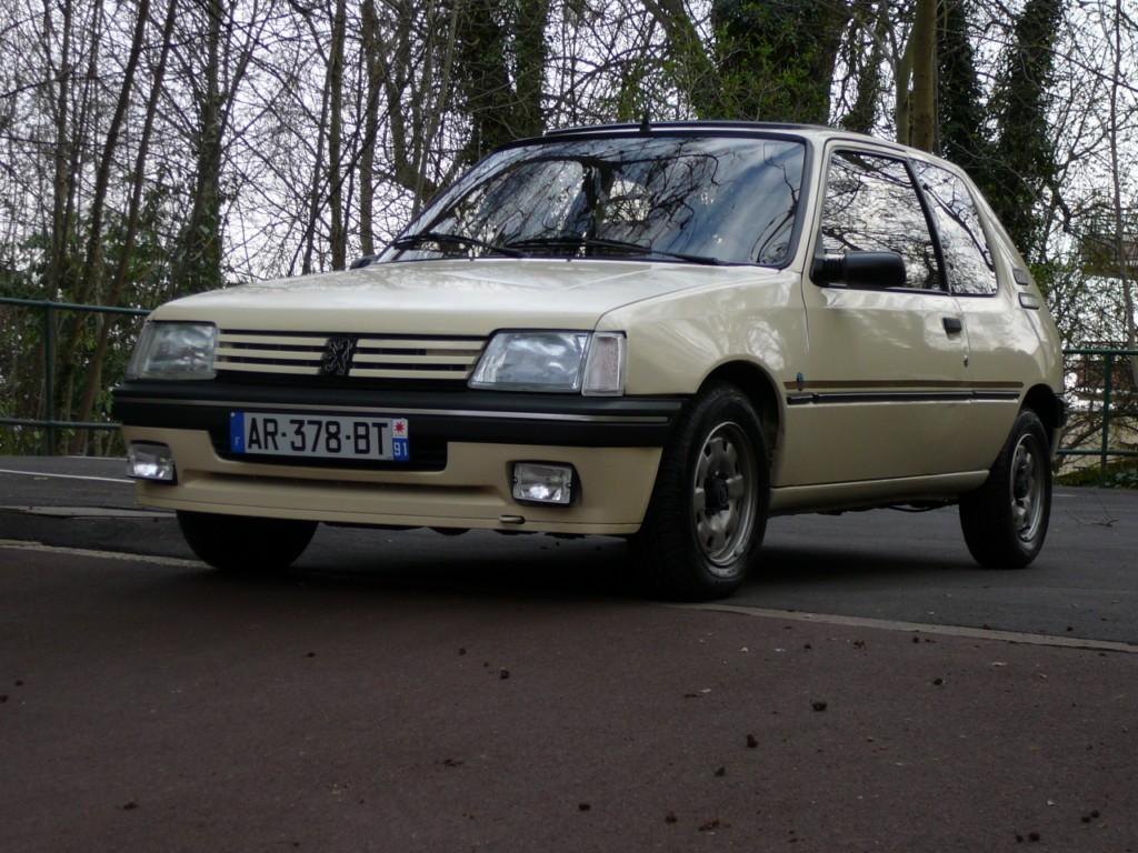 [Vendu] Peugeot 205 Indiana. P1010731