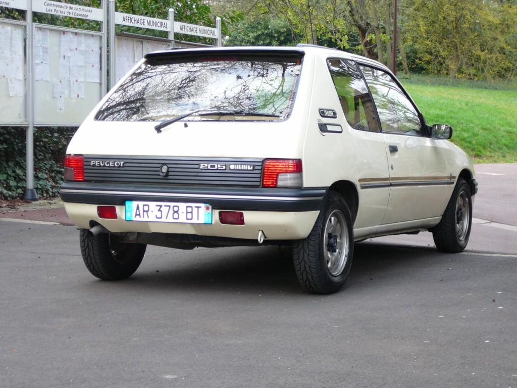 [Vendu] Peugeot 205 Indiana. P1010733