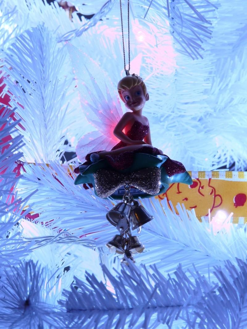Vos décorations de Noël  - Page 5 P1070713