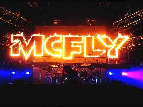Críticas acerca del concierto de Manchester Mcflya10