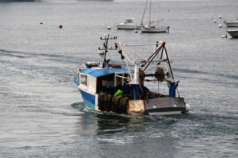 Départ pour la pêche ... Dypart10