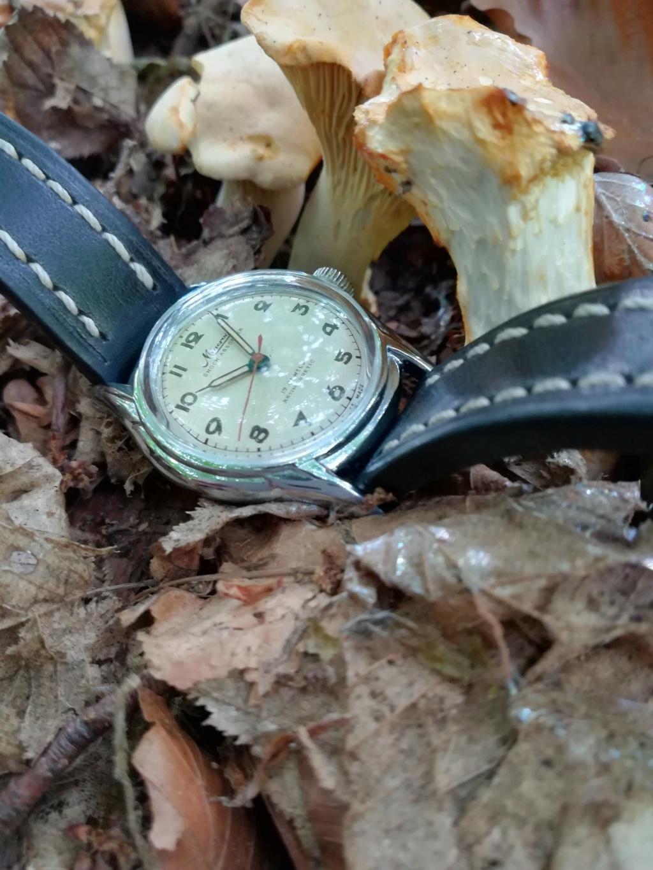 Un post qui référence les montres de brocante... tome IV - Page 38 35882510