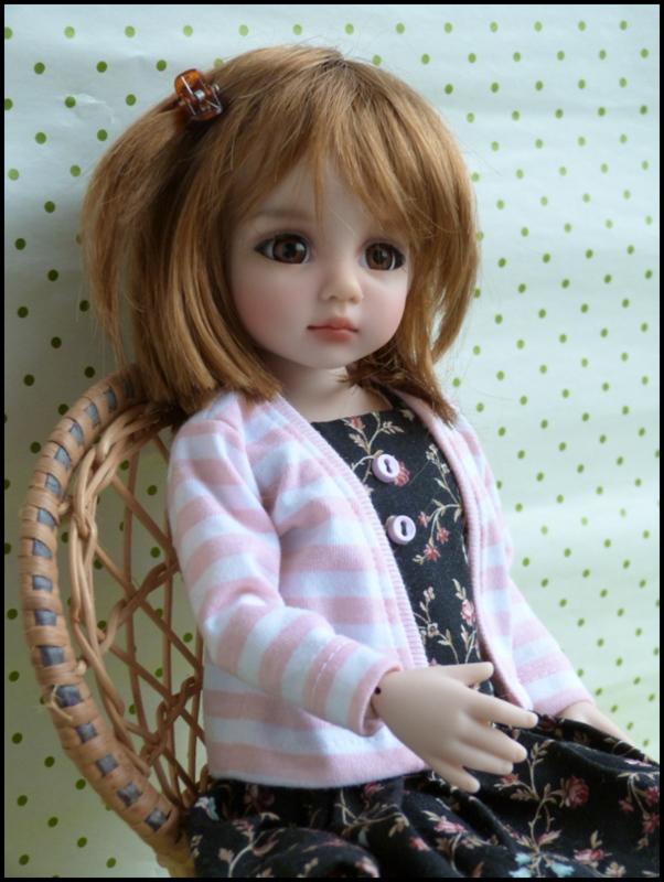 Liselotte, BJD Effner yeux verts P3 et  nouveaux bleus  P1590011