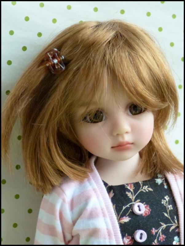 Liselotte, BJD Effner yeux verts P3 et  nouveaux bleus  P1590015