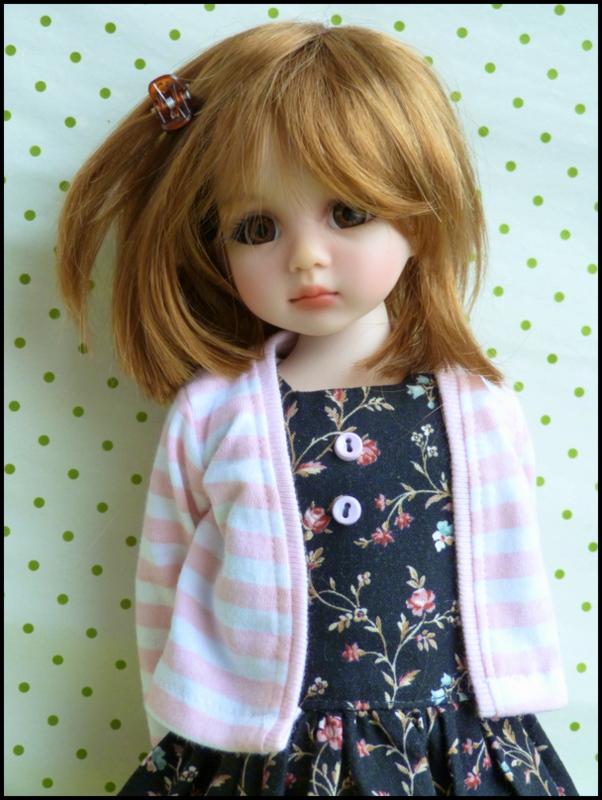 Liselotte, BJD Effner yeux verts P3 et  nouveaux bleus  P1590016