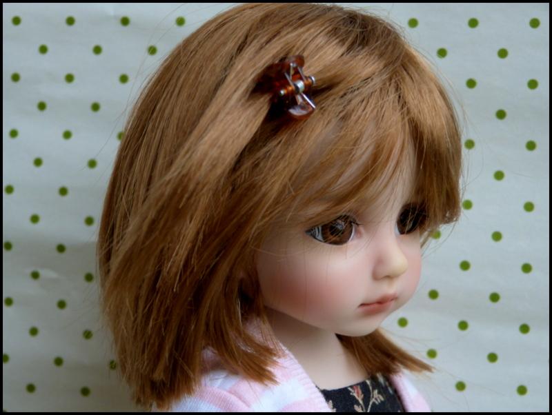 Liselotte, BJD Effner yeux verts P3 et  nouveaux bleus  P1590019