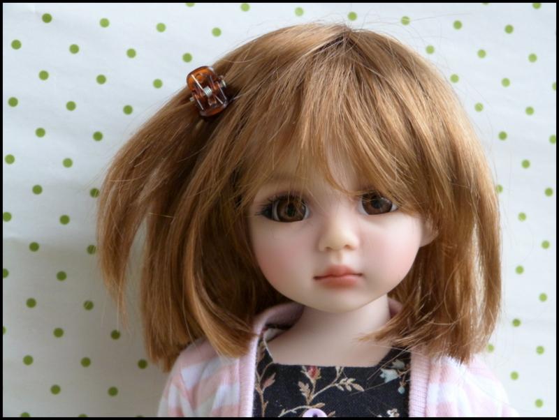 Liselotte, BJD Effner yeux verts P3 et  nouveaux bleus  P1590022