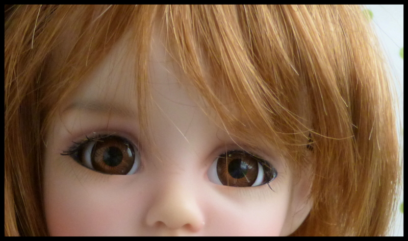 Liselotte, BJD Effner yeux verts P3 et  nouveaux bleus  P1590024