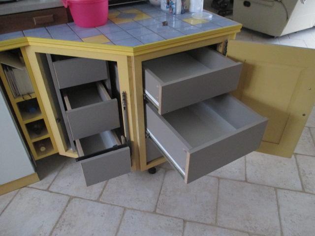 fabrication tiroirs en remplacement d'une étagère Img_2459