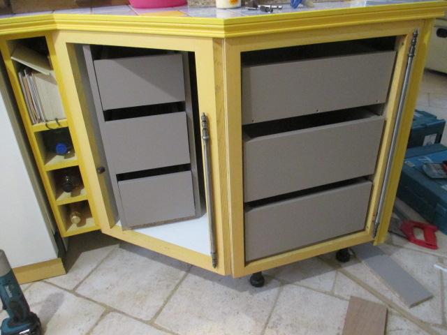 fabrication tiroirs en remplacement d'une étagère Img_2461