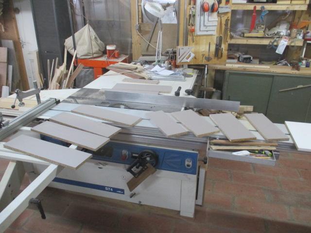 fabrication tiroirs en remplacement d'une étagère Img_2463