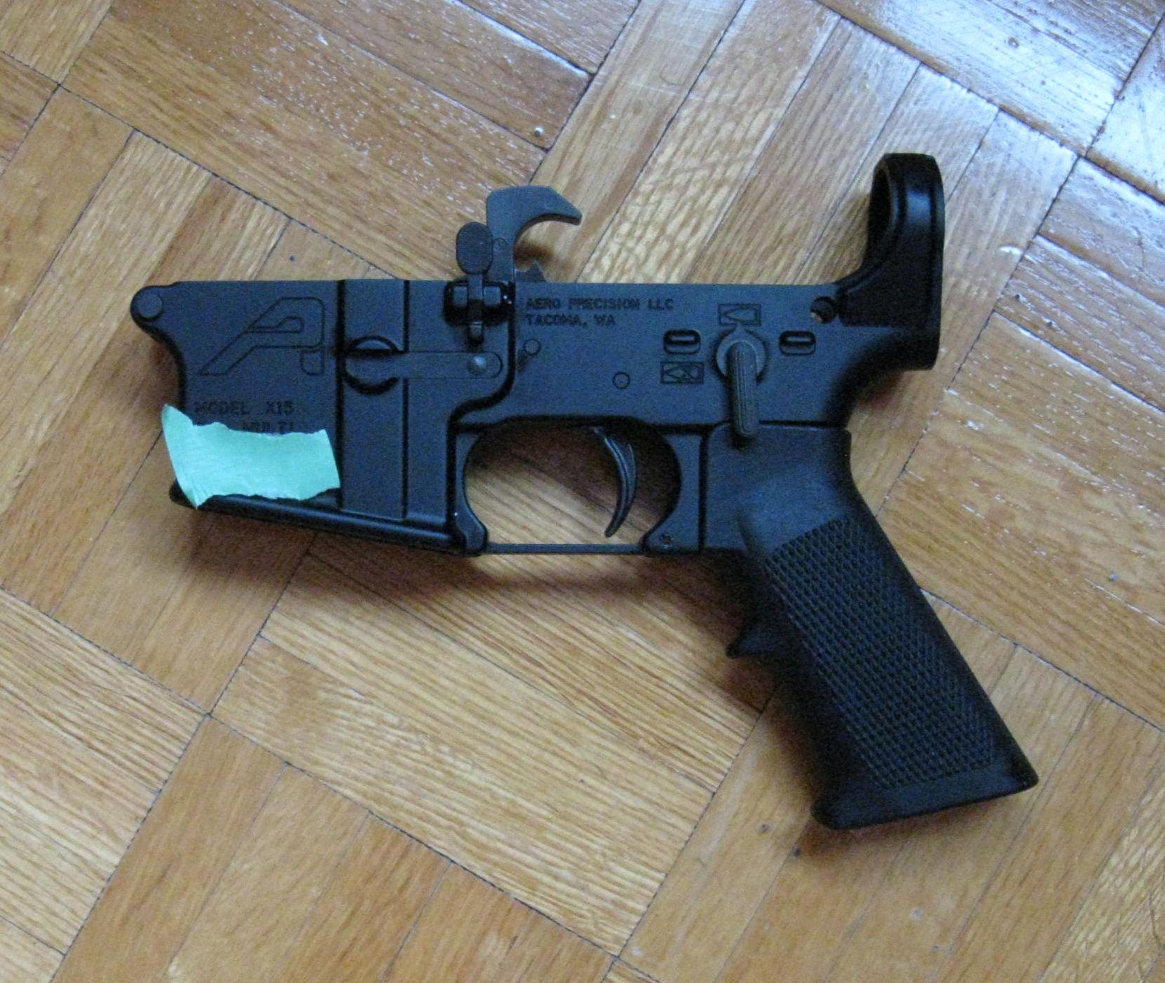 SVP achetez un AR-15! - Page 12 Semi_a10