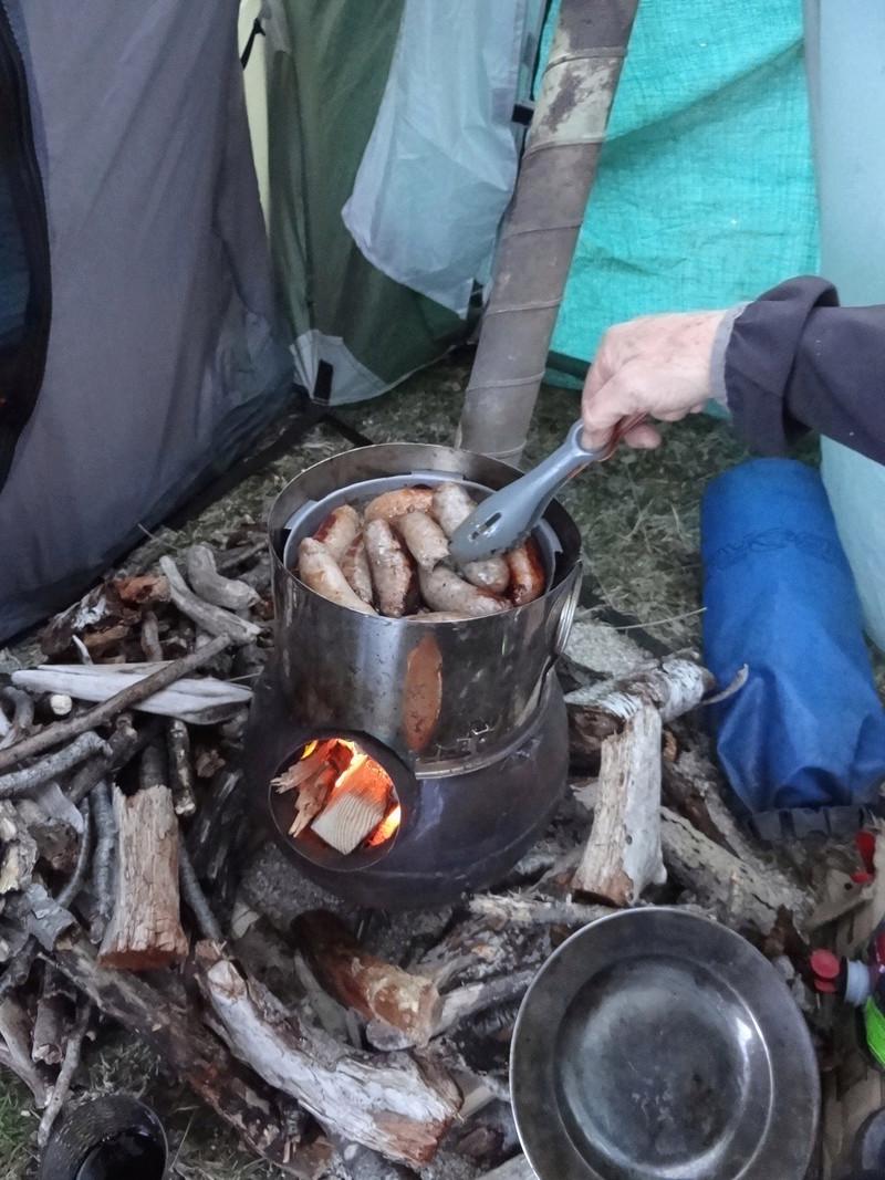 Un poêle dans une tente... Dsc05311