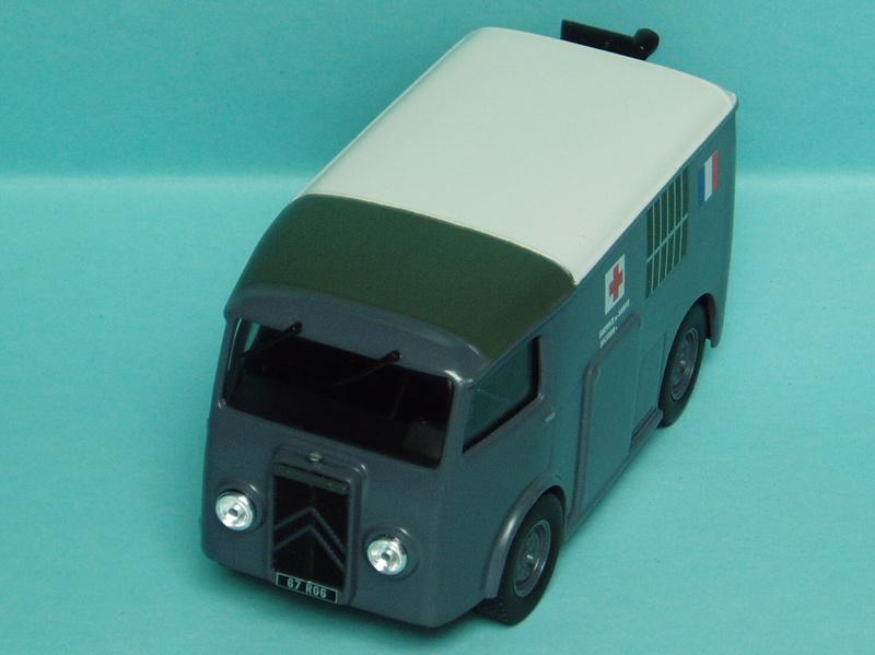 """Citroën miniatures > """"Ambulances, transports de blessés et assistance d'urgence aux victimes"""" 1939_t10"""