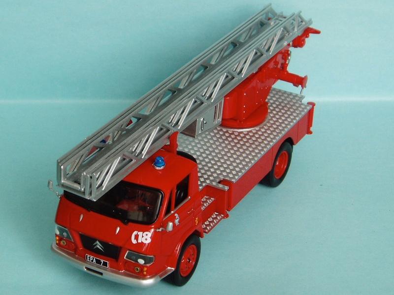 """2011 - Hachette Collections > """"Camions et véhicules de Sapeurs Pompiers au 1/43"""" >> 2014 - Page 2 1966_b10"""