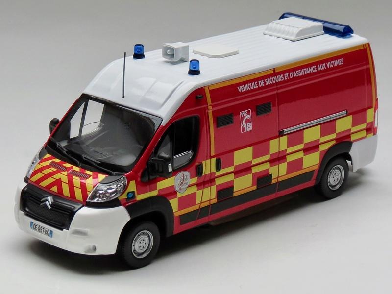 """Citroën miniatures > """"Ambulances, transports de blessés et assistance d'urgence aux victimes"""" 2013_j10"""