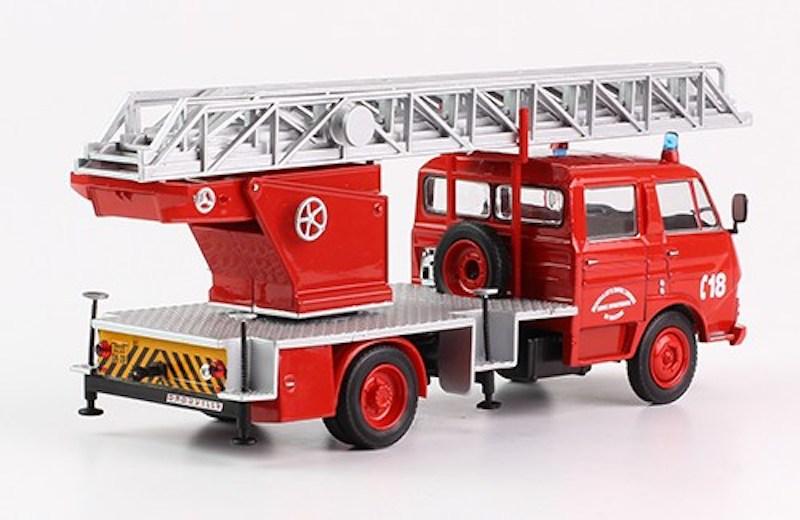 """2011 - Hachette Collections > """"Camions et véhicules de Sapeurs Pompiers au 1/43"""" >> 2014 - Page 2 6frtf011"""