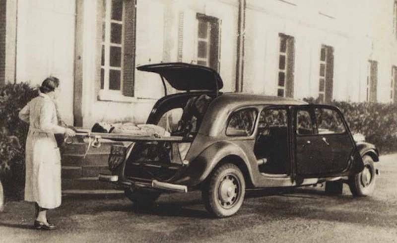 """Citroën miniatures > """"Ambulances, transports de blessés et assistance d'urgence aux victimes"""" Citroe53"""