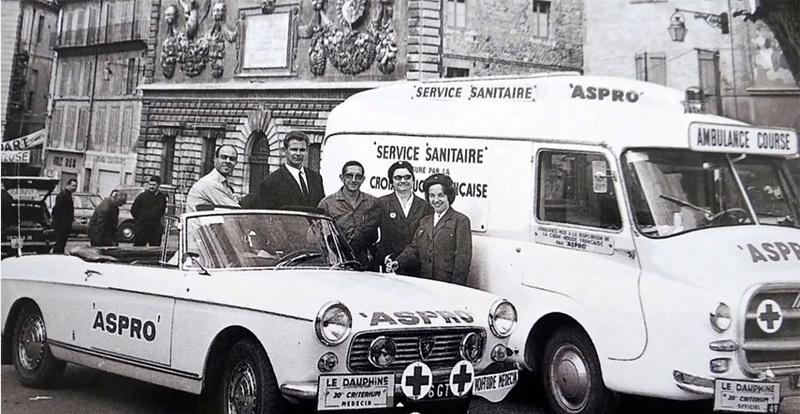 2015 > NOUVEAU > Hachette Collections + AUTO PLUS > La fabuleuse histoire des véhicules publicitaires - Page 7 Crityr10