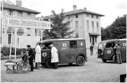 """Citroën miniatures > """"Ambulances, transports de blessés et assistance d'urgence aux victimes"""" Def0f110"""