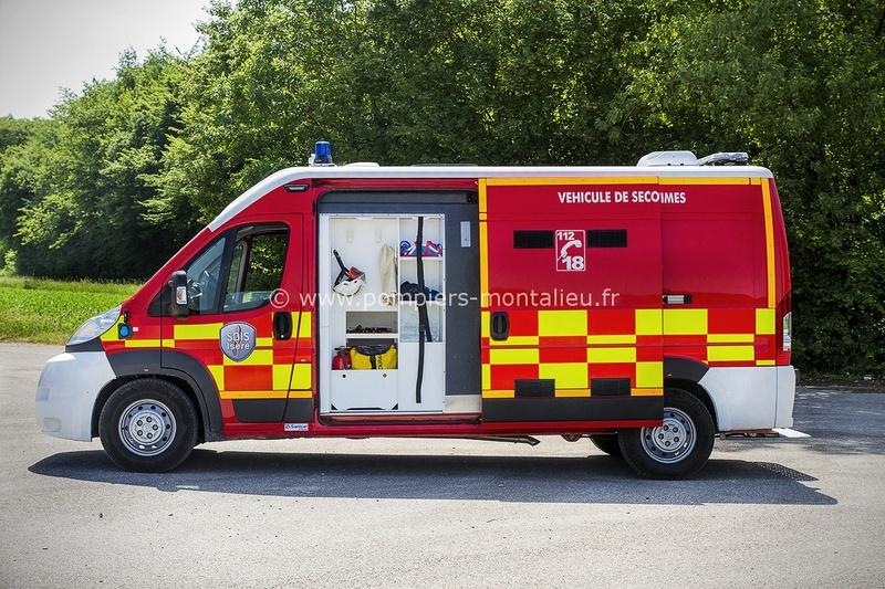 """Citroën miniatures > """"Ambulances, transports de blessés et assistance d'urgence aux victimes"""" Vyhicu13"""