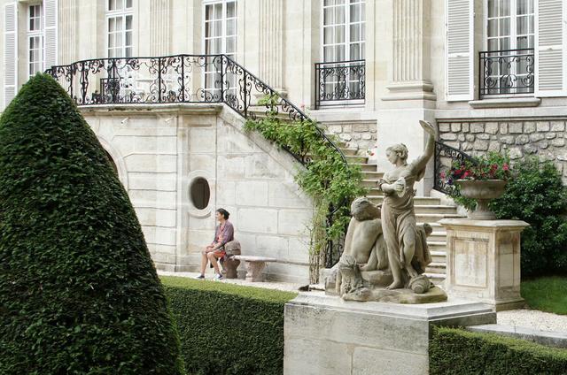 L'Hôtel de Lamballe, asile pour aliénés célèbres Hotel-10