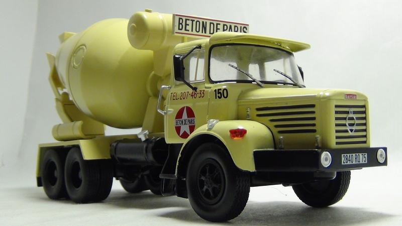 N°05 - Berliet PMH12 6X4 porte malaxeur   05_ber13