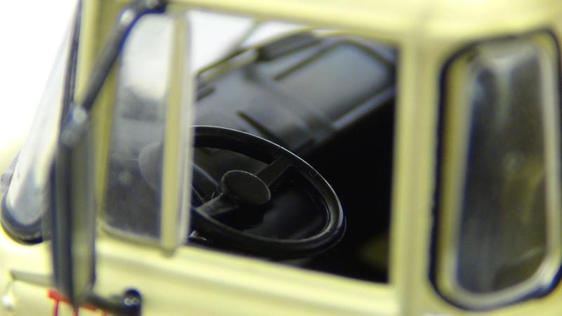 N°05 - Berliet PMH12 6X4 porte malaxeur   05_ber16