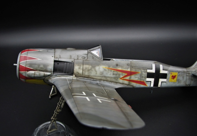 fw 190 A5 hasegawa  au 32.....  fini ...!!!! - Page 4 Img_6545