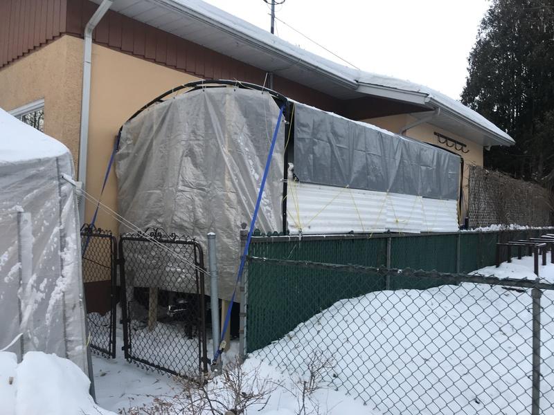 abris - Abris d'été adapté pour l'hiver. Img_4212