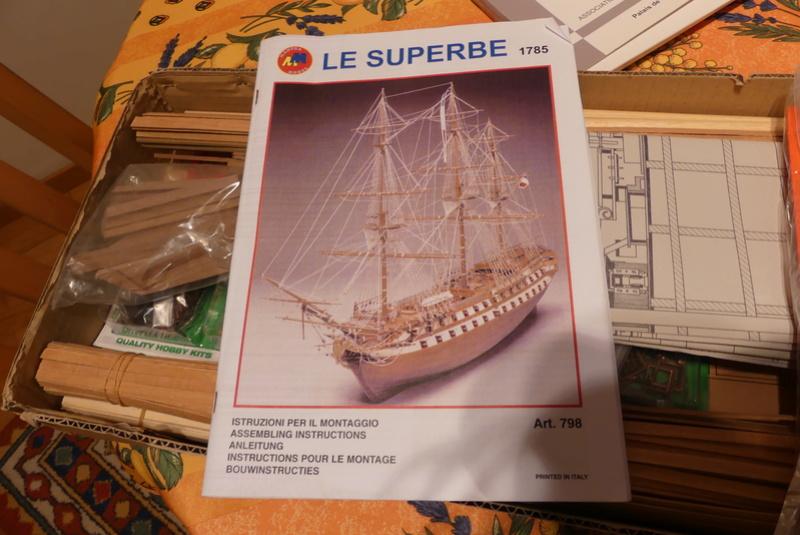 """""""Le Superbe"""" d'après un kit Mantua 1/75 P1080027"""