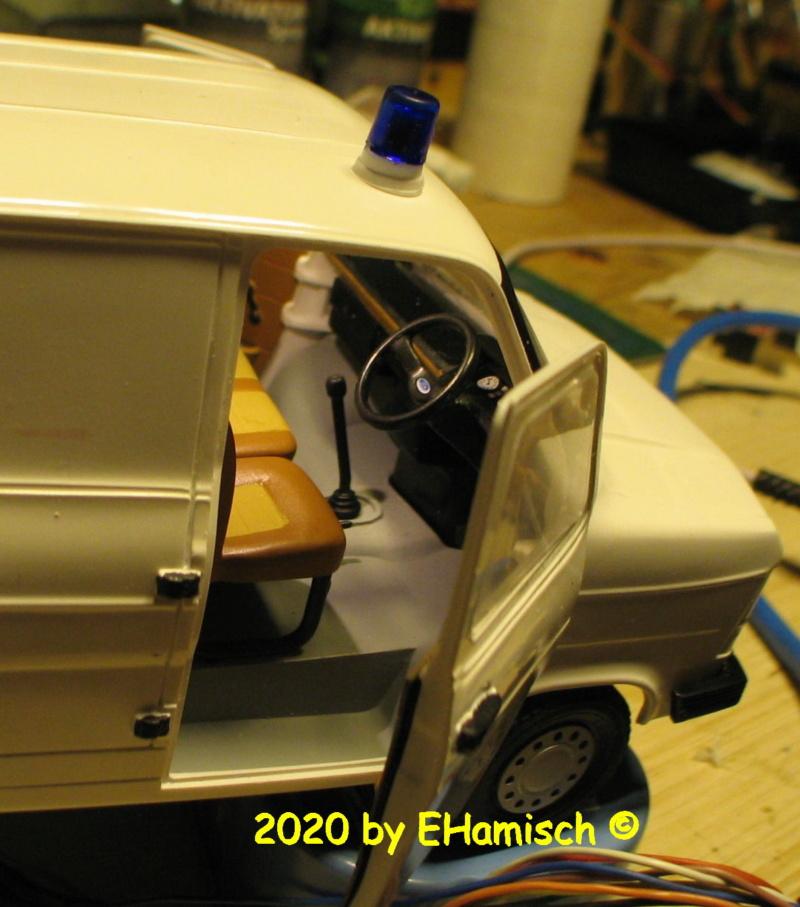 ITALERI 3657 Ford Transit UK Police 2812_210