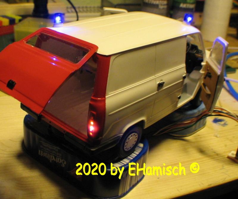 ITALERI 3657 Ford Transit UK Police 2812_810