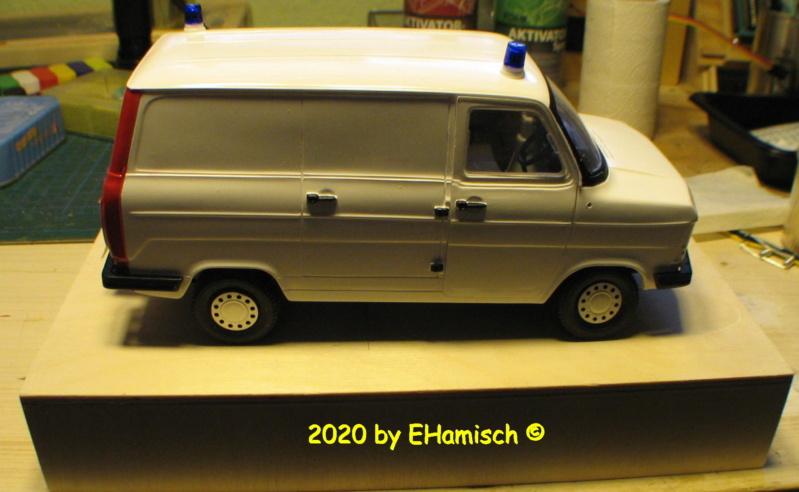 ITALERI 3657 Ford Transit UK Police 2912_112