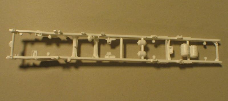 Revell 07452 HLF 20 VARUS 4x4 MAN TGM Schlingmann Img_0113