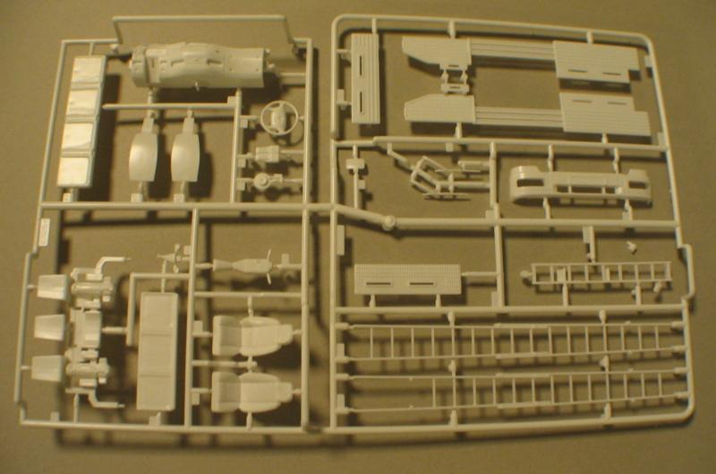 Revell 07452 HLF 20 VARUS 4x4 MAN TGM Schlingmann Img_0128