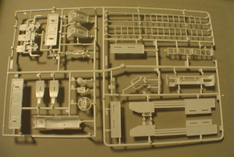 Revell 07452 HLF 20 VARUS 4x4 MAN TGM Schlingmann Img_0129