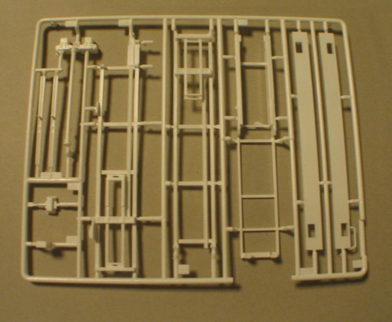 Revell 07452 HLF 20 VARUS 4x4 MAN TGM Schlingmann Img_0134