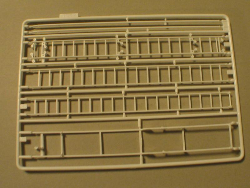 Revell 07452 HLF 20 VARUS 4x4 MAN TGM Schlingmann Img_0138