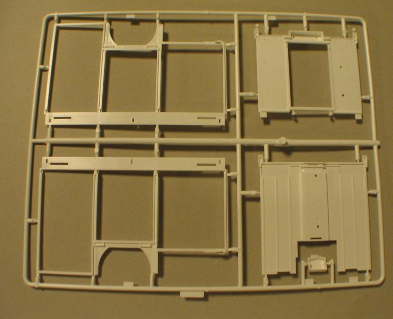 Revell 07452 HLF 20 VARUS 4x4 MAN TGM Schlingmann Img_0147