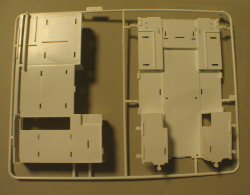 Revell 07452 HLF 20 VARUS 4x4 MAN TGM Schlingmann Img_0151