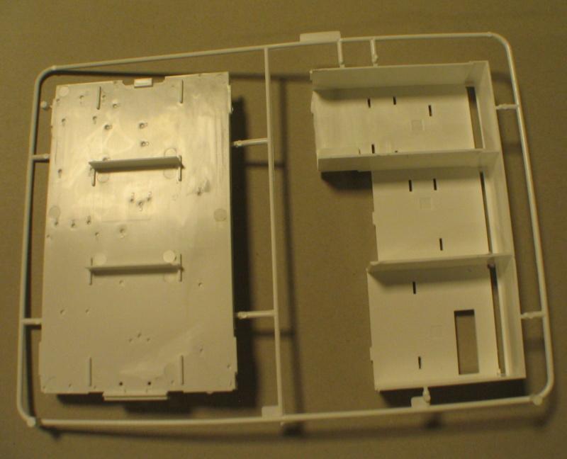Revell 07452 HLF 20 VARUS 4x4 MAN TGM Schlingmann Img_0153