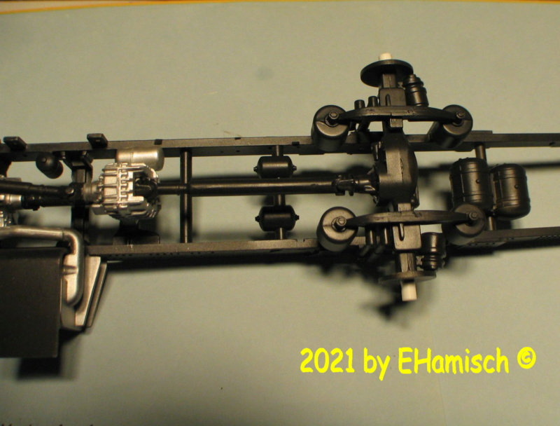 Revell 07452 MAN HLF 20 Varus 4X4 Img_0225
