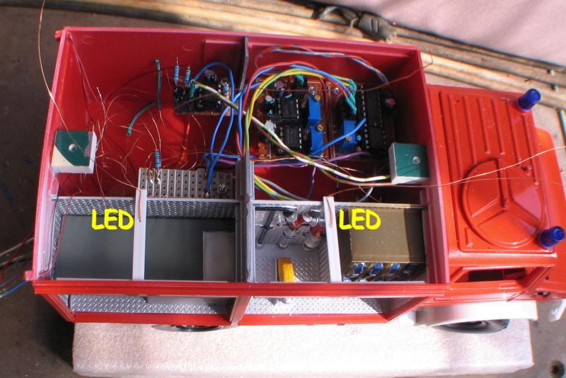 Revell Unimog TLF 8/18 und RW1 Img_1136