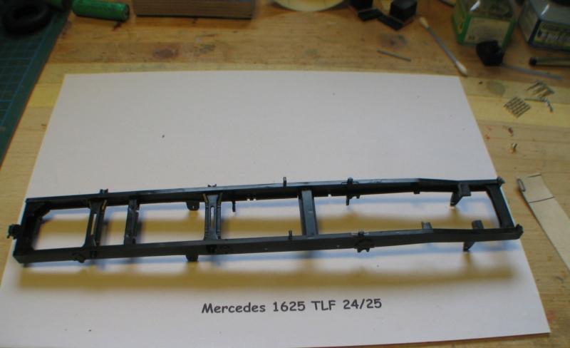 Revell Mercedes 1625 TLF 24/50   1:24 Img_1552
