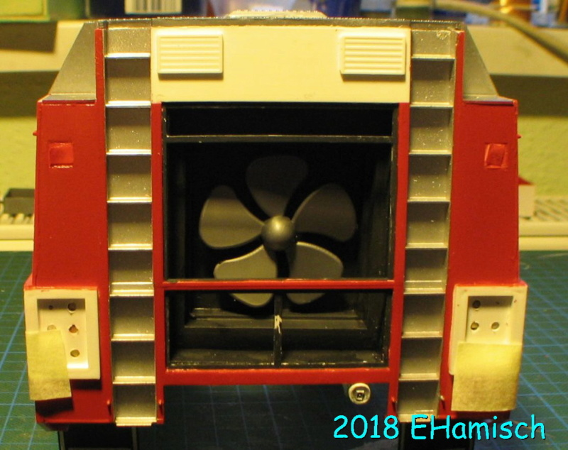 Revell GFLF Simba 8x8  1:24 Img_6814