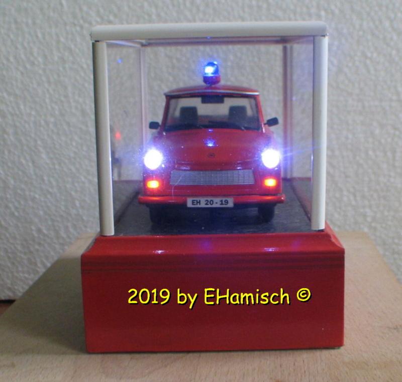 Revell Trabant 601S Bausatz 1990 Umbau zur Feuerwehr Img_7810